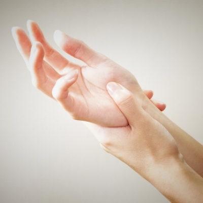 腱鞘炎 バネ指